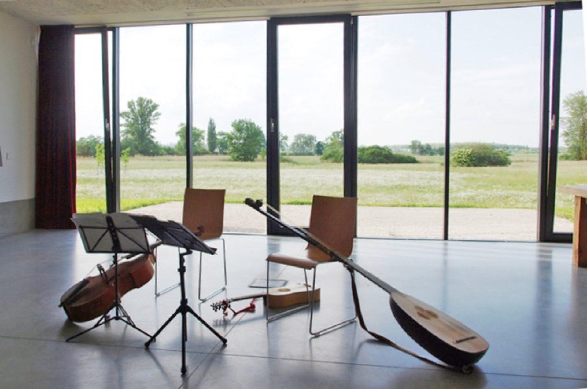 Koncert staré hudby na nové archeologické základně vMikulčicích