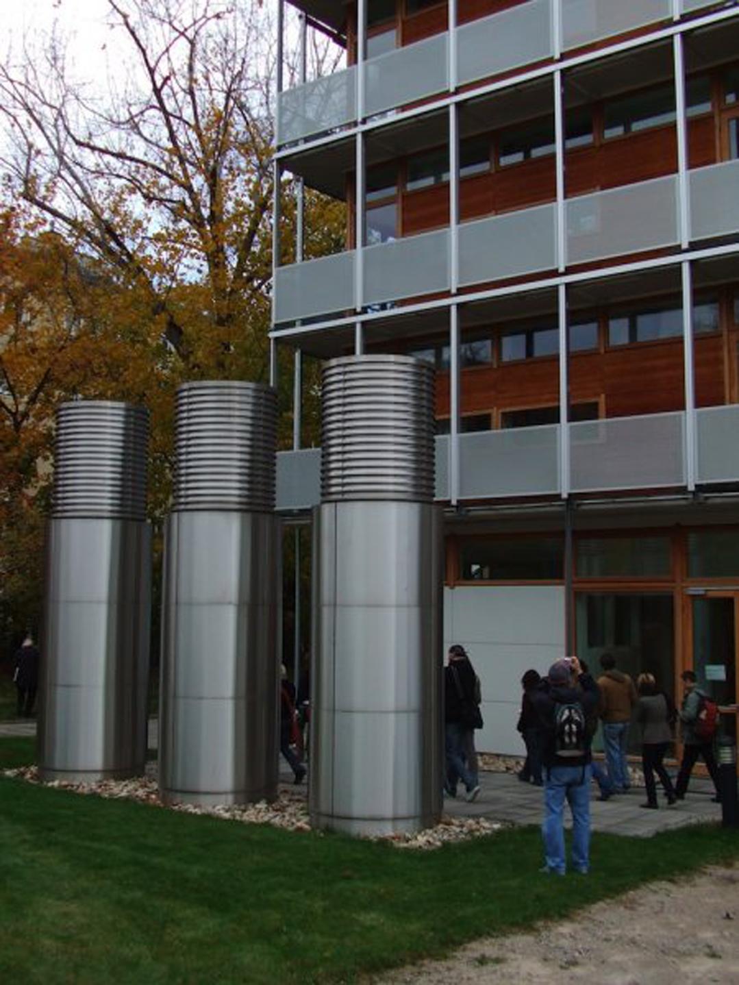 Der stille Radikale – sprofesorem Antonem Schweighoferem pojeho radikálně řešeném domově studentů