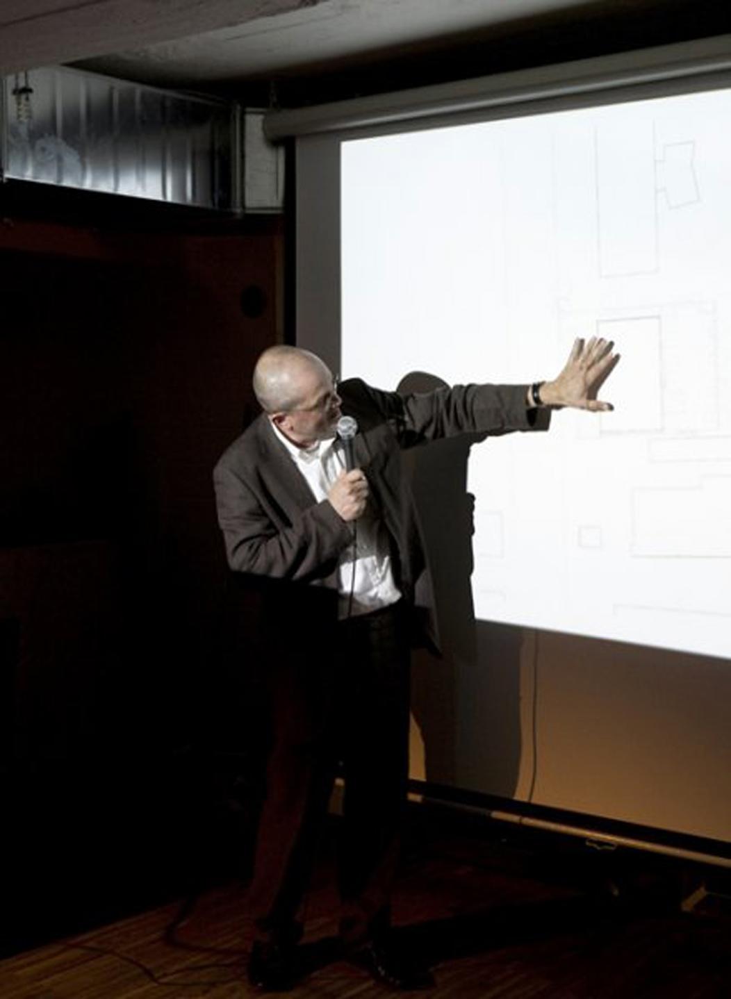 Pozvánka na přednášku ´Snesitelná tíže architektury´ ve Zlíně