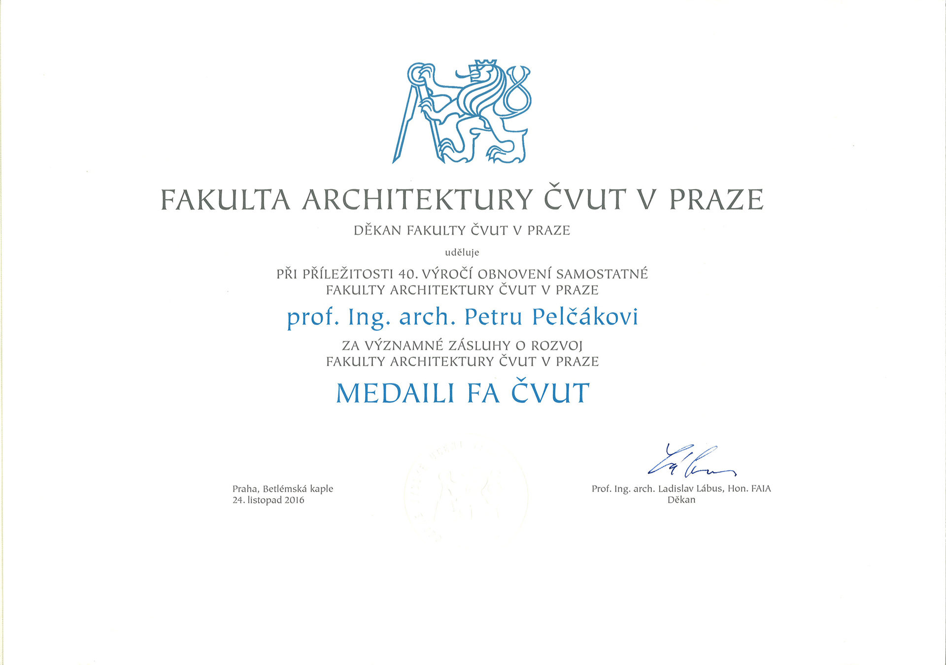 Medaile FAČVUT