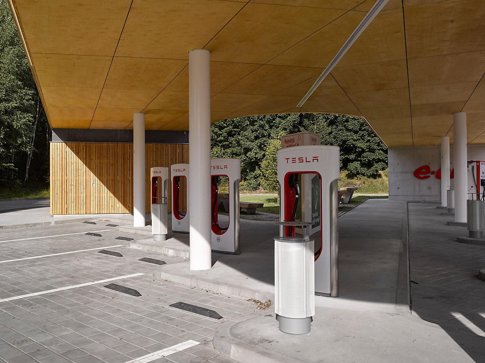 Nabíjecí stanice pro elektromobily, Humpolec