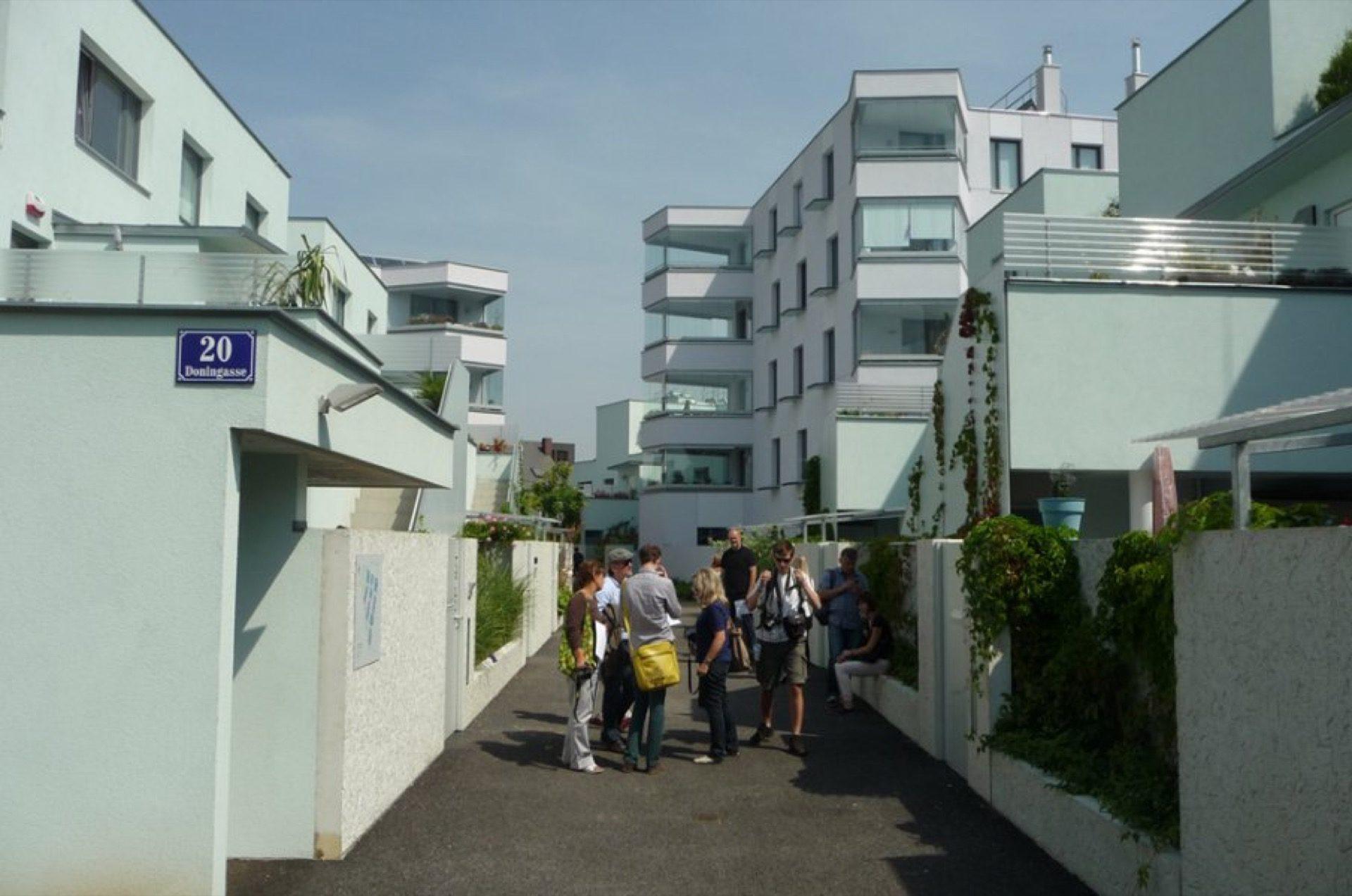 Sozialwohnbau der Gemeinde Wien … jak to dělají sousedé